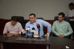 conf prensa TESORERO AHOME y Gerente JAPAMA (2)